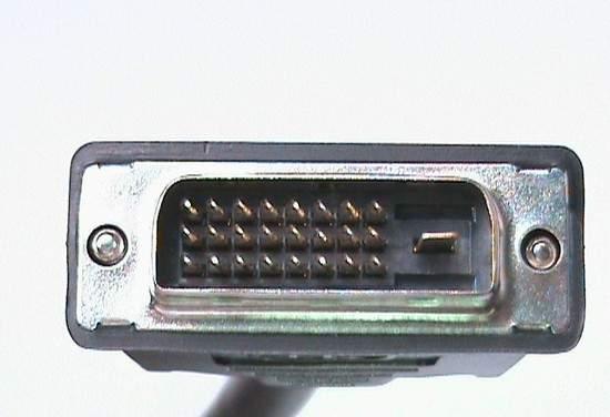 Cavo triplo octopus con connettori dvi-d(24+1) maschio e 2 connettori ps2 6 poli maschio per tastiera e mouse – lunghezza mt. 1,80