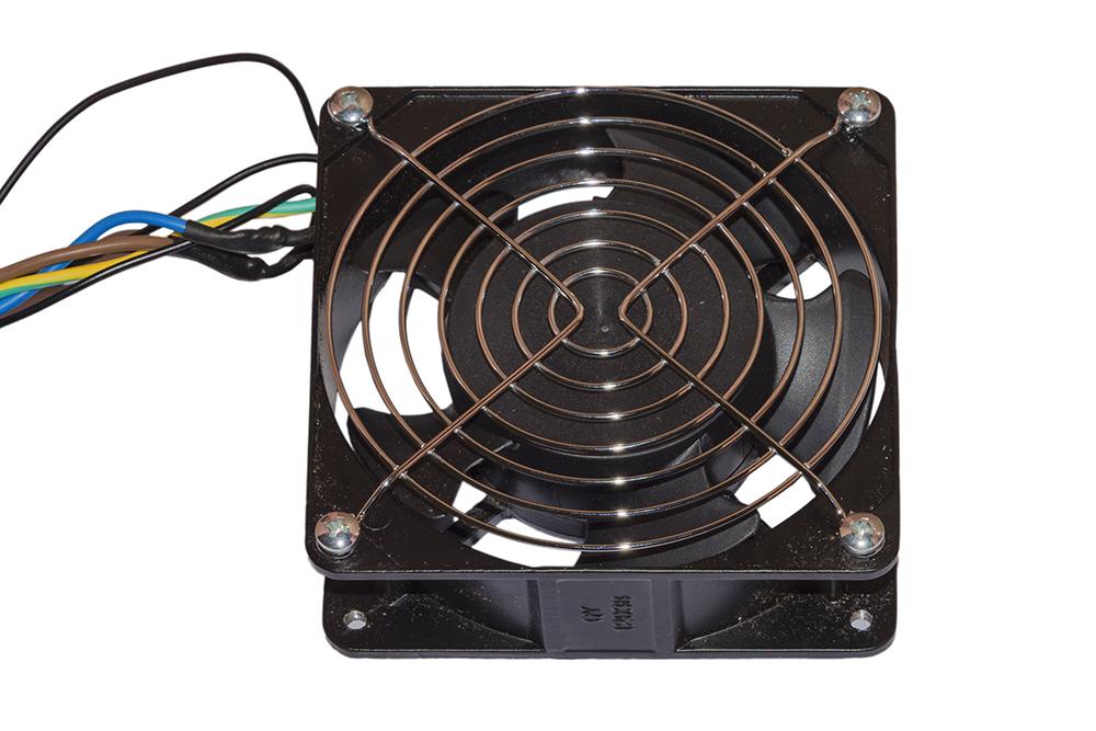 Ventola 120x120x38 220 volt colore nero con cavo mt 2 spina italiana con griglia