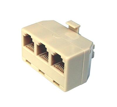Adattatore telefonico 1×6 poli maschio -3×6 poli femmina.