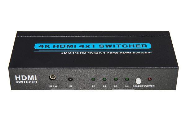 Switch kvm 4 porte per 4 pc/notebook con porta hdmi, tastiera/mouse usb con una postazione video/tv hdmi 4k con tastiera e mouse usb, con telecomando