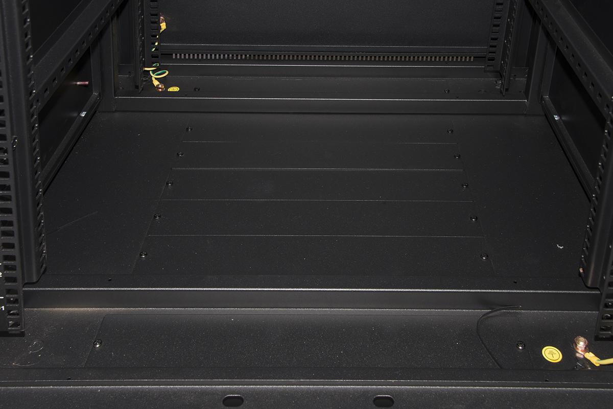 Armadio rack 19″ 42u (a)2055, (l)600, (p)600 colore nero disassemblato porta frontale traforata 2 ante