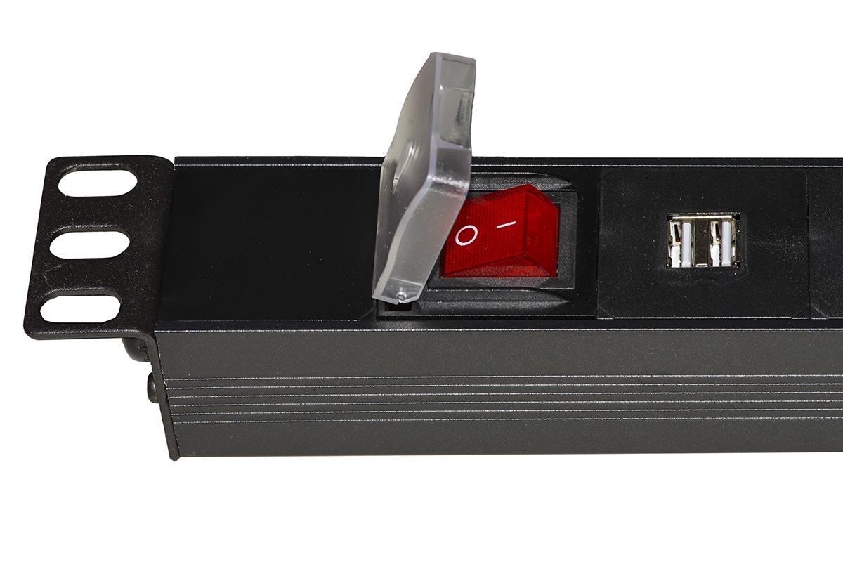Multipresa 1u 19″ per armadi rack con 12 prese usb 3,4a per ricarica dispositivi con interruttore